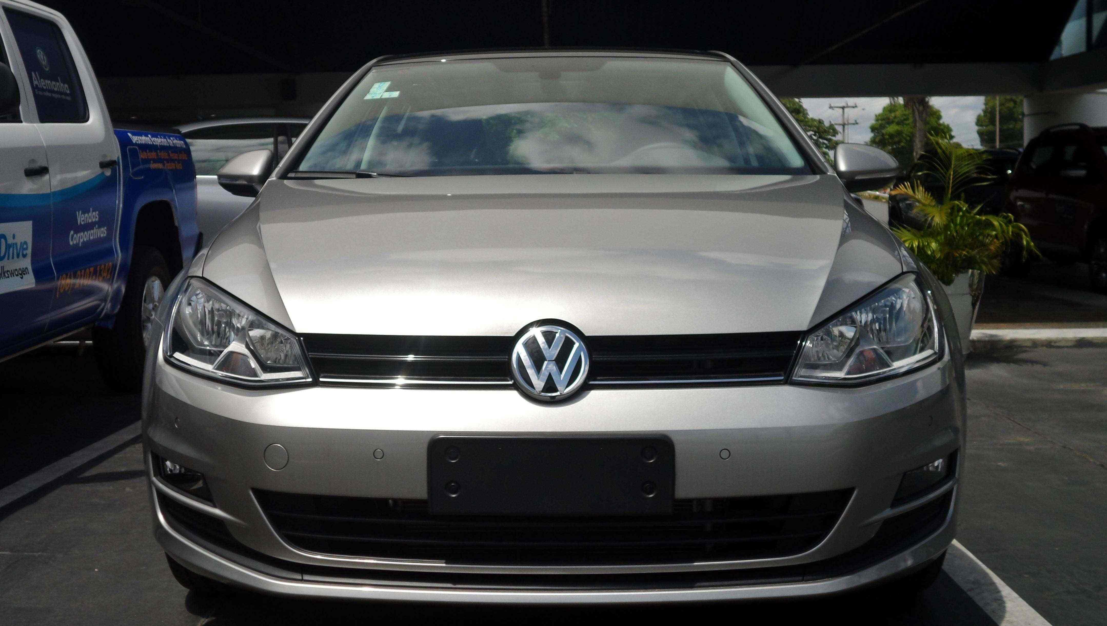 VW Golf: a paixão nacional volta a ser produzida no Brasil
