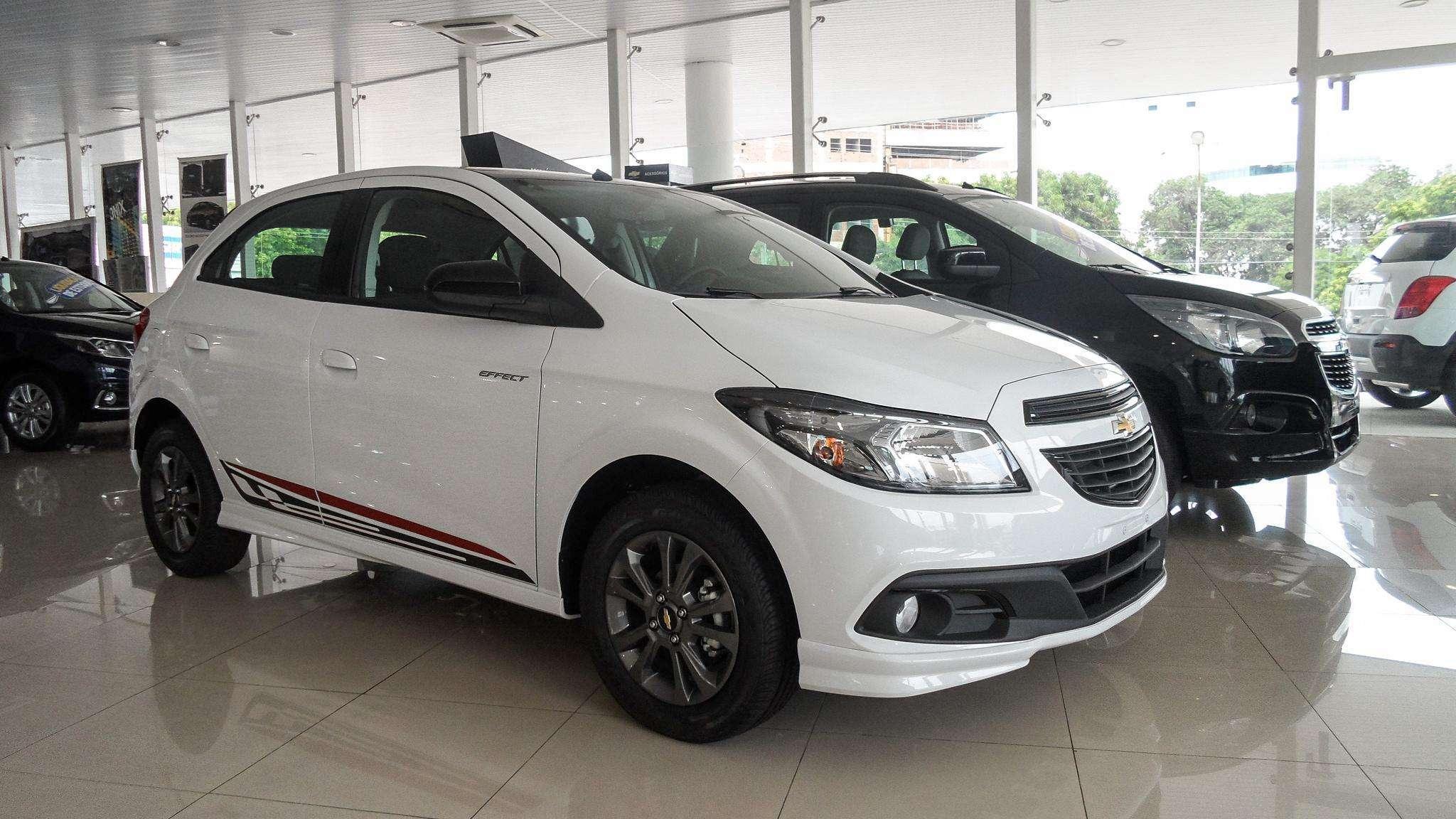 Chevrolet Onix inicia 2016 como carro mais vendido do Brasil