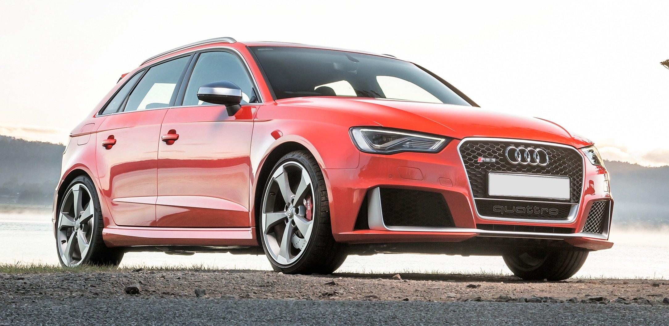 Audi lança o poderoso RS3 Sportback no Brasil