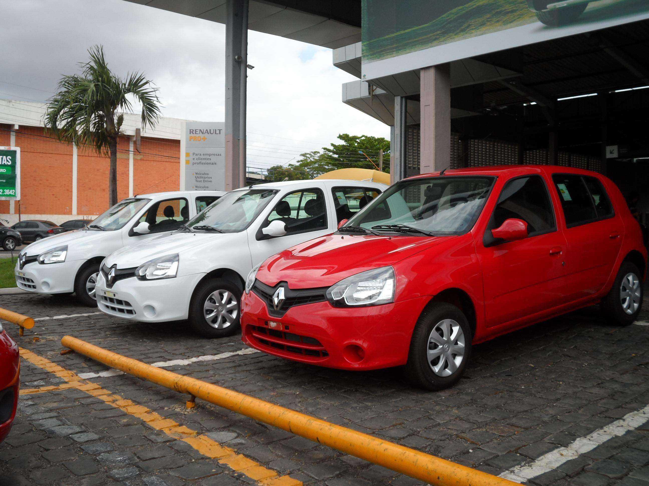 Carnaval de Ofertas: Renault Clio de R$ 34.990 por R$ 29.990