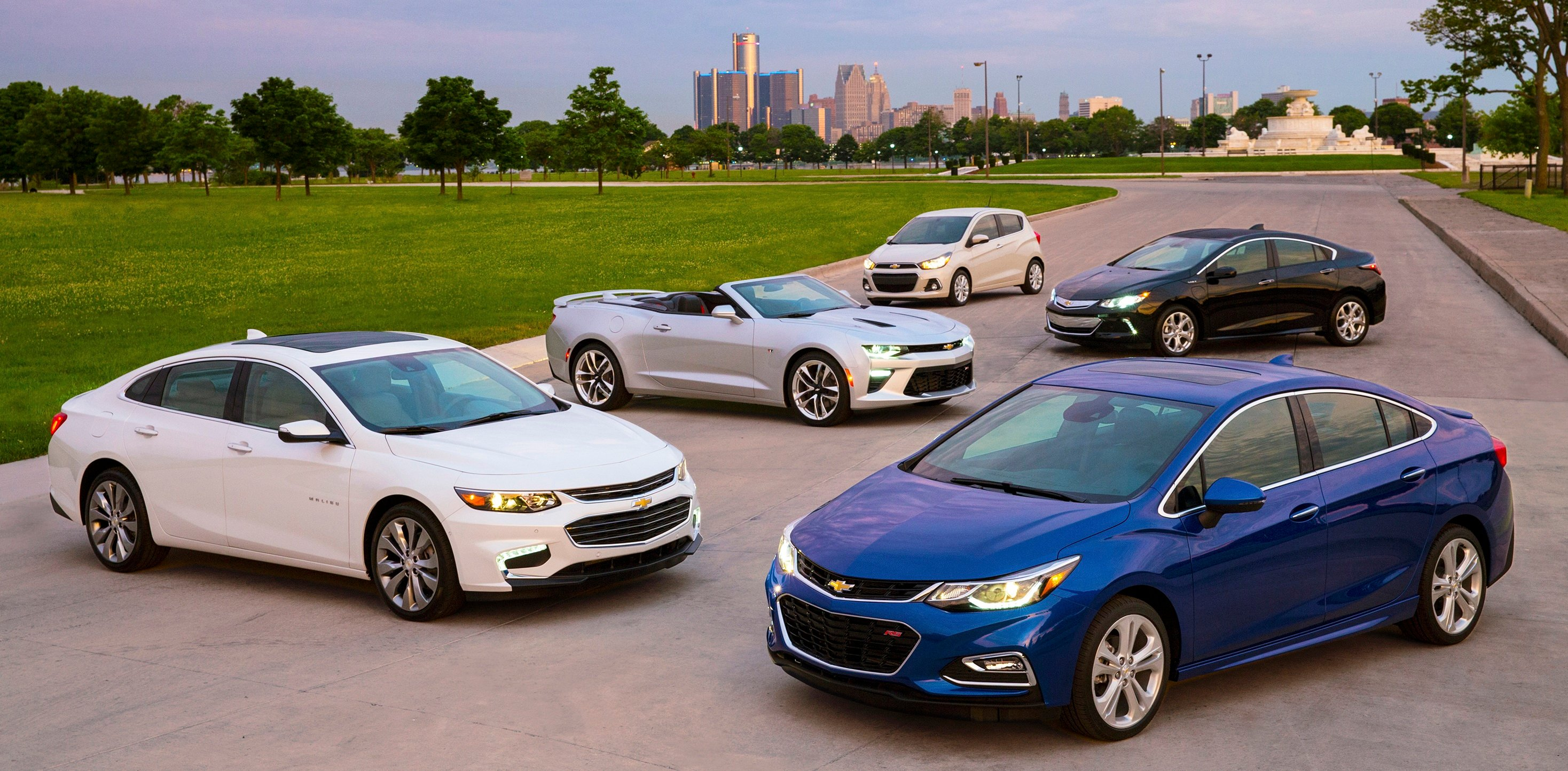 The 2016 Cruze (clockwise from lower right) joins Malibu, Camaro, Spark and Volt as the fifth all-new vehicle Chevrolet has revealed in 2015. These vehicles feature engaging performance, design that makes the heartbeat, passive and active safety features and easy-to-use technology, all at a value. (Chevrolet Photo)