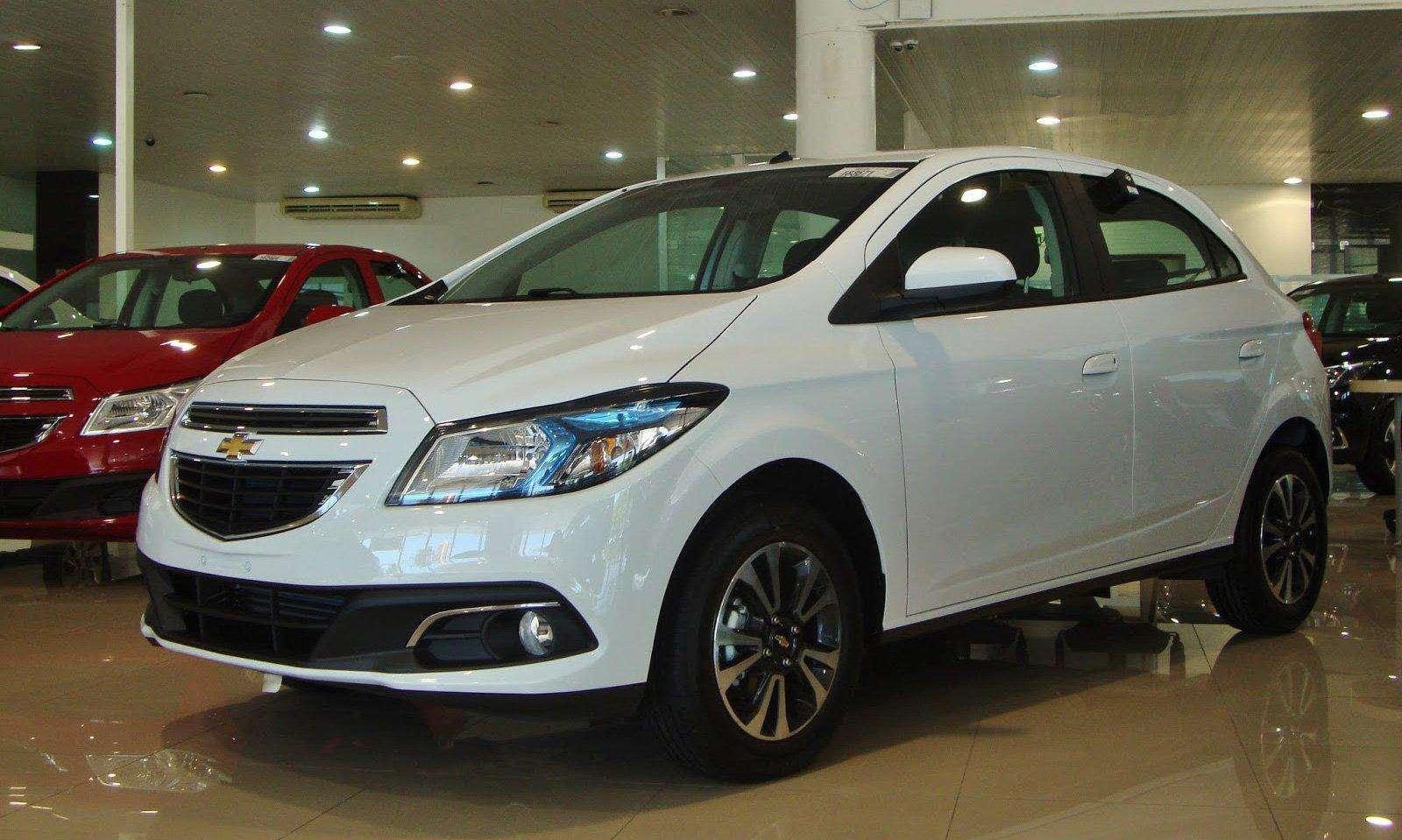 Chevrolet Onix supera Palio e é o carro mais vendido do Piauí