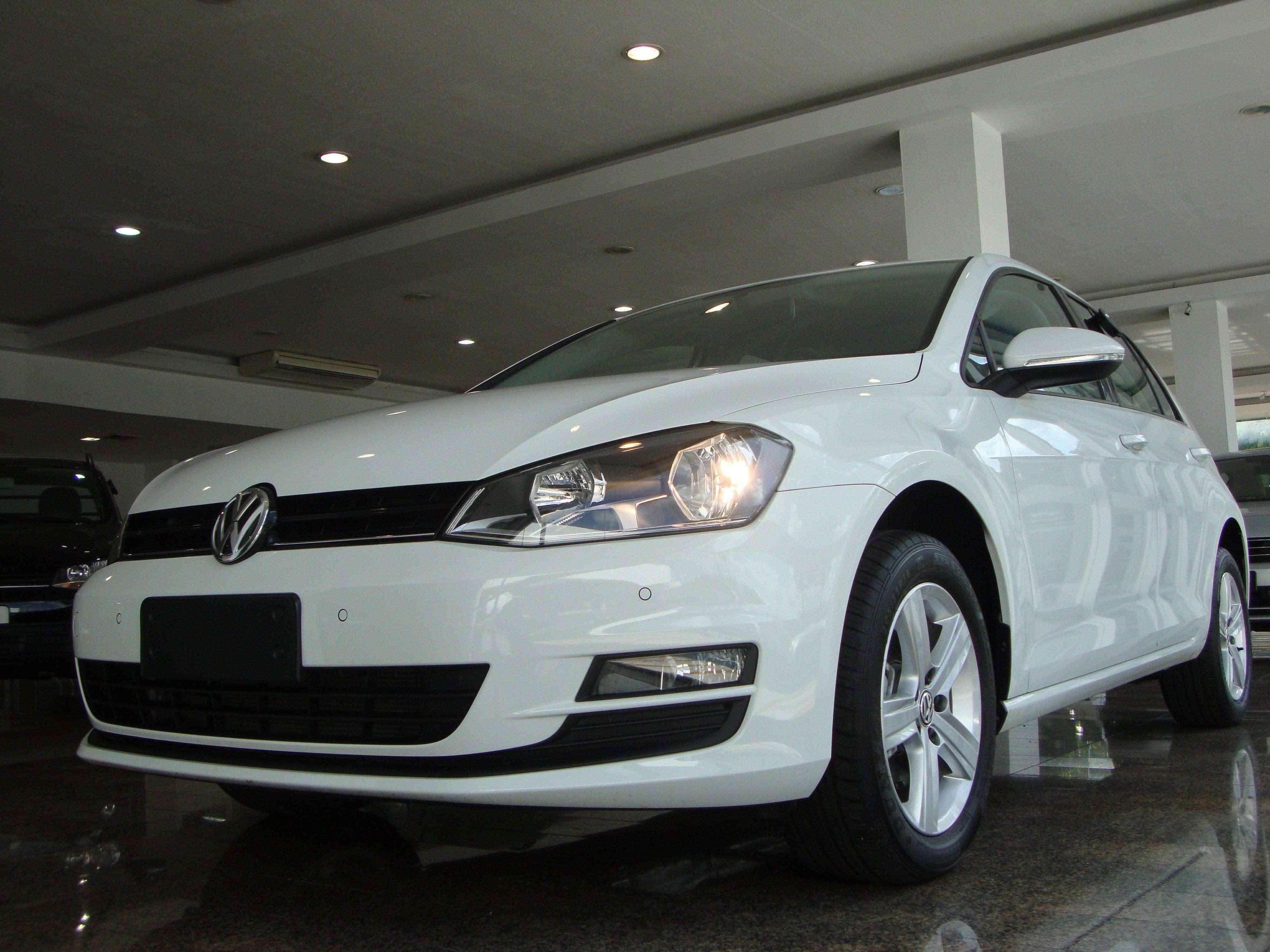 Volkswagen Golf MSI se destaca pela segurança a bordo