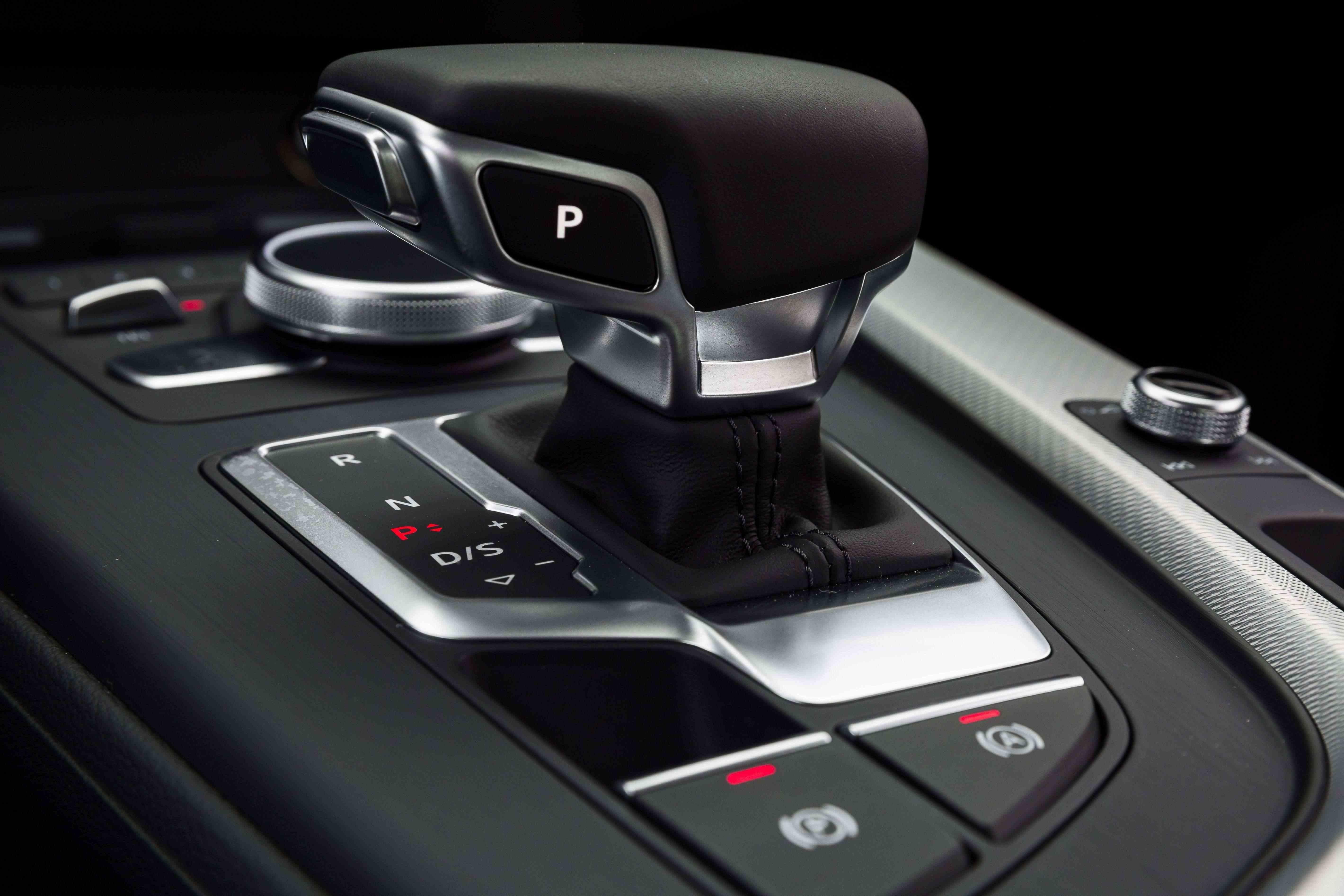 Audi A4-2533