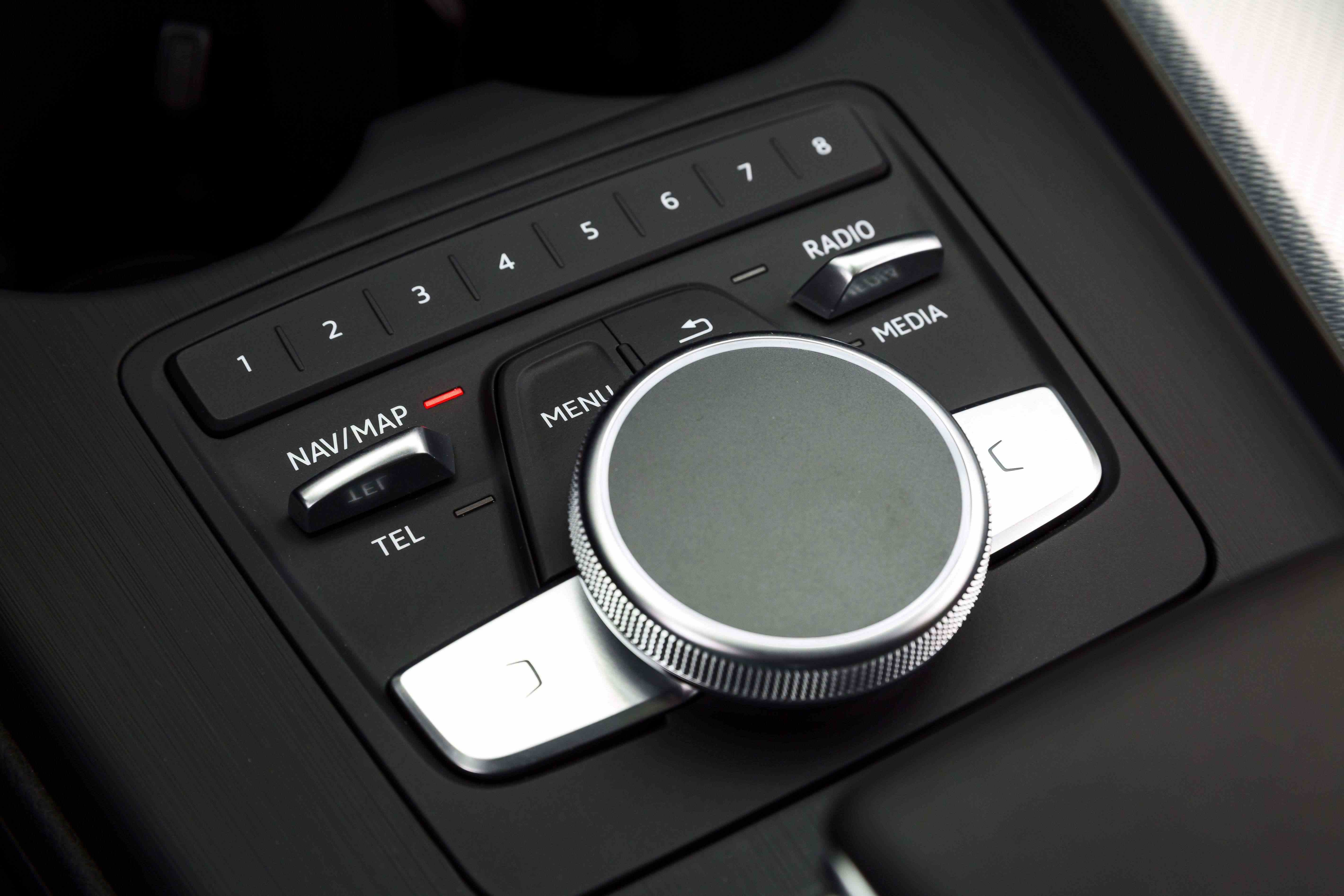 Audi A4-2536