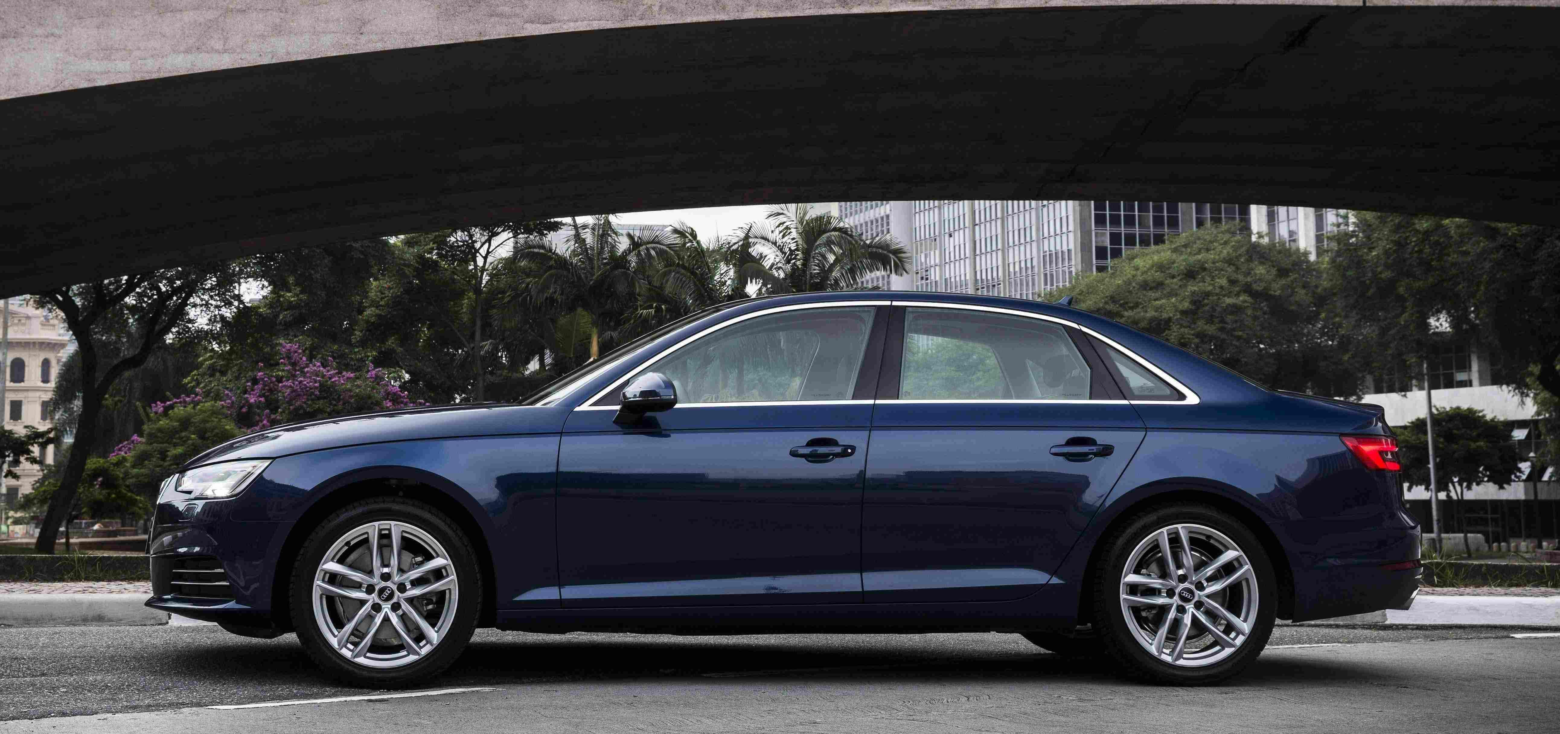 Audi A4-4865