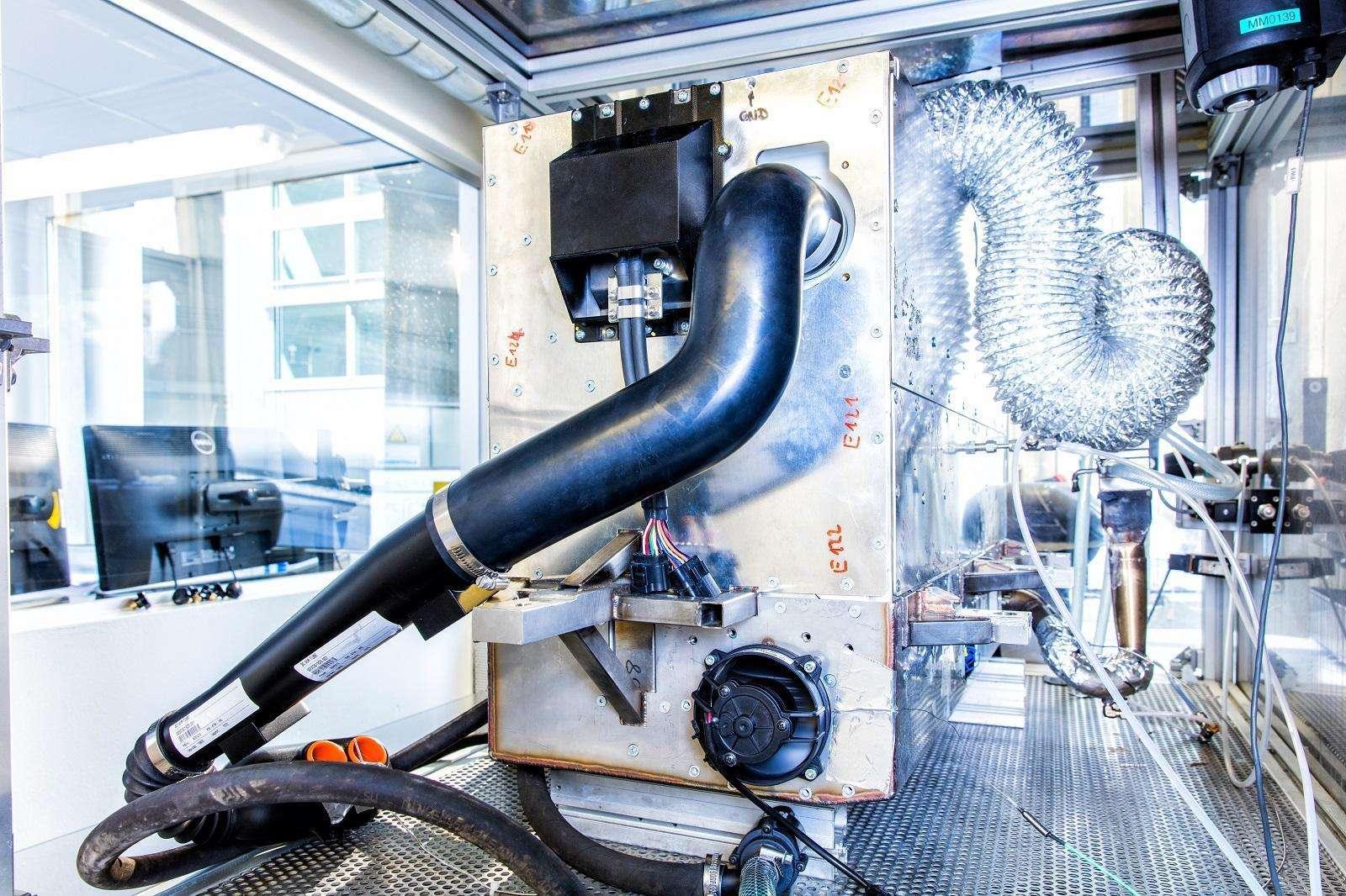 Nissan anuncia el desarrollo del primer sistema de vehículos con energía eléctrica proveniente de bioetanol.