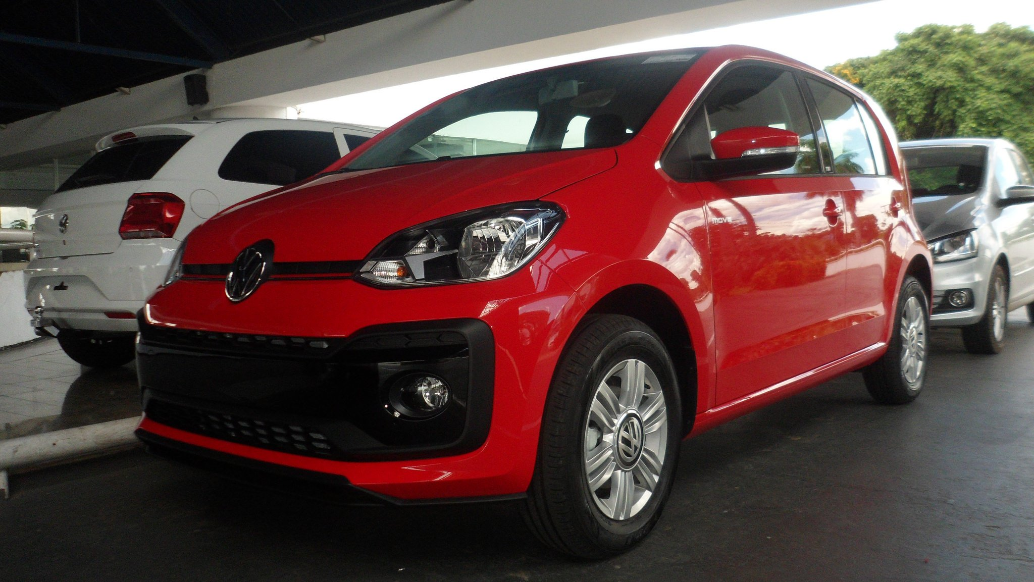 Já no Piauí, Volkswagen up! 2018 chega mais equipado em todas as versões