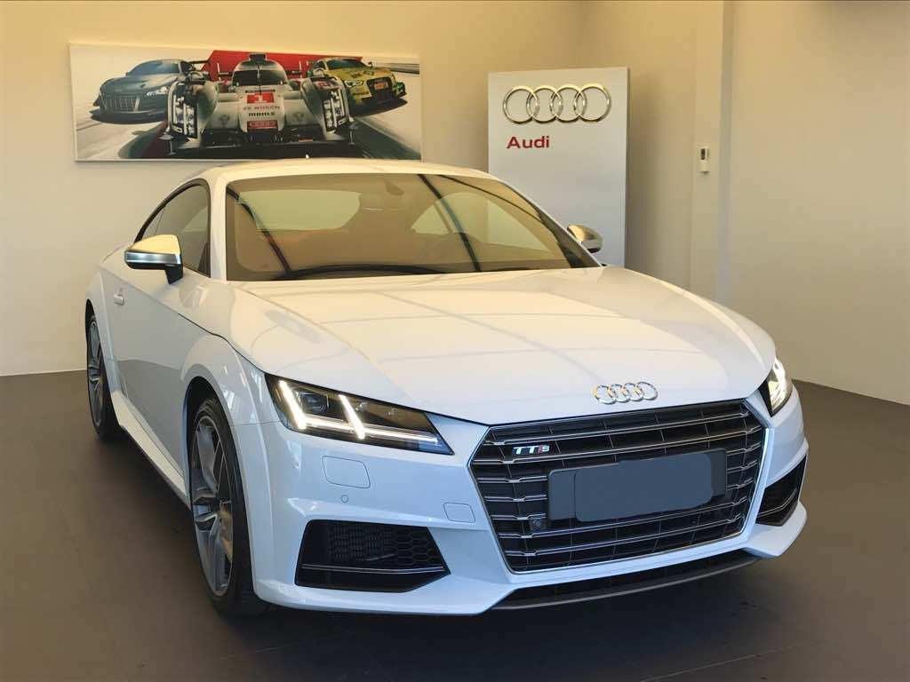 Audi TTS: exclusivo e esportivo, novo cupê aterriza na Audi Center