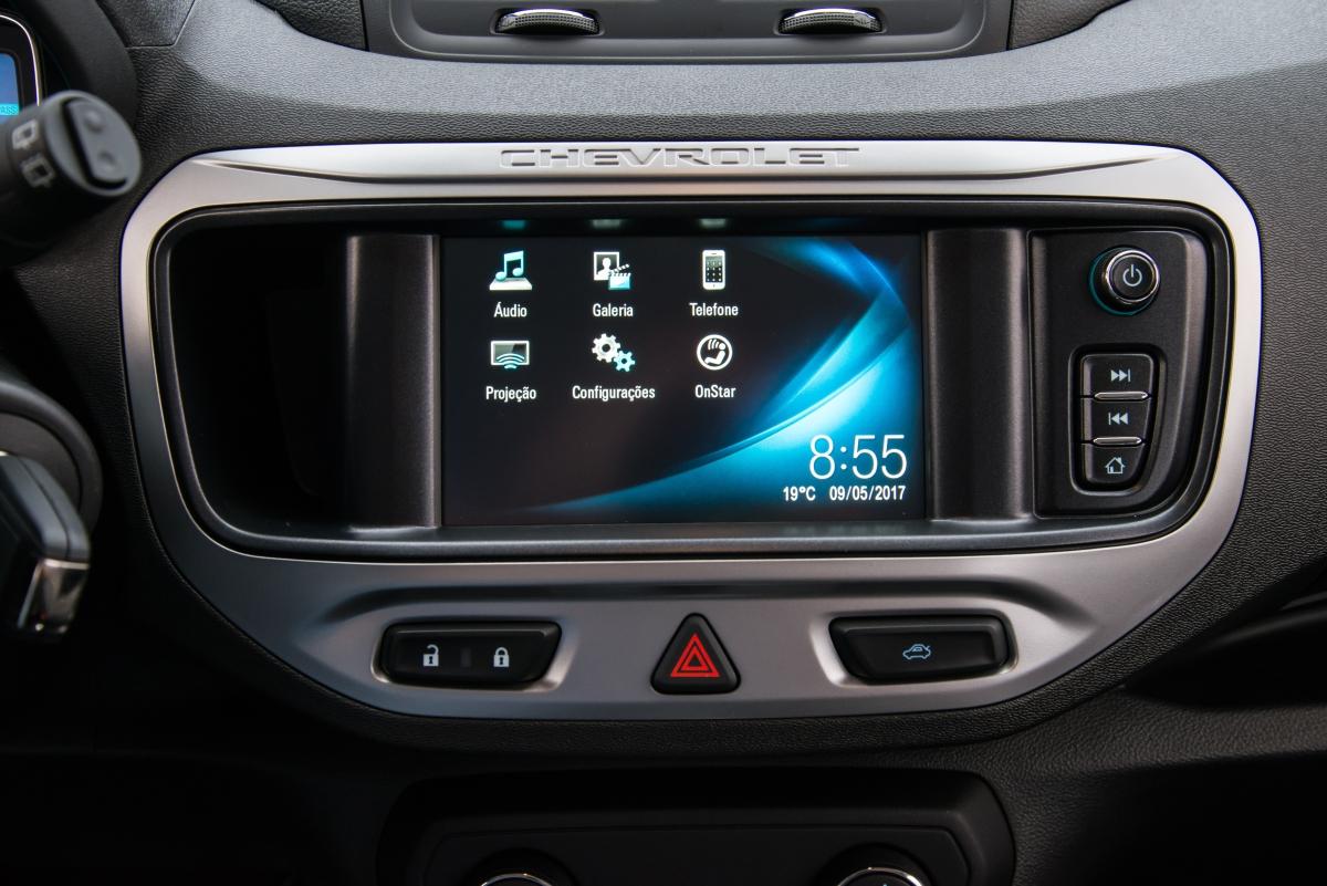 Sem grandes mudanças, Chevrolet Spin 2018 recebe atualização de central multimídia