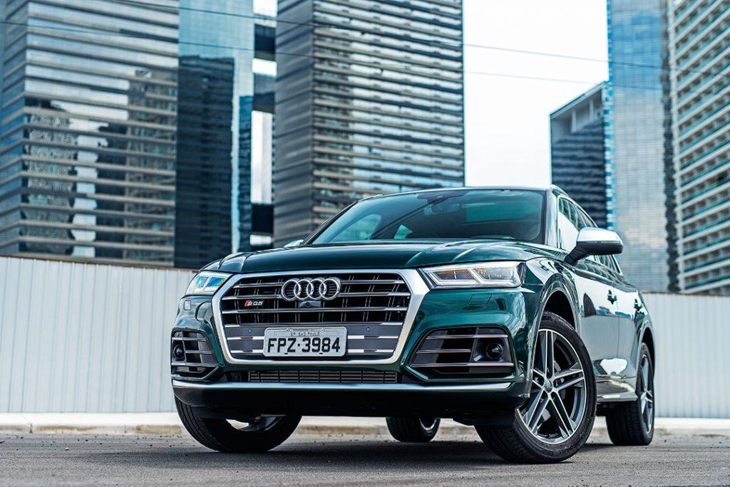 Utilitário mais que esportivo: Audi SQ5 chega em nova geração ao Brasil