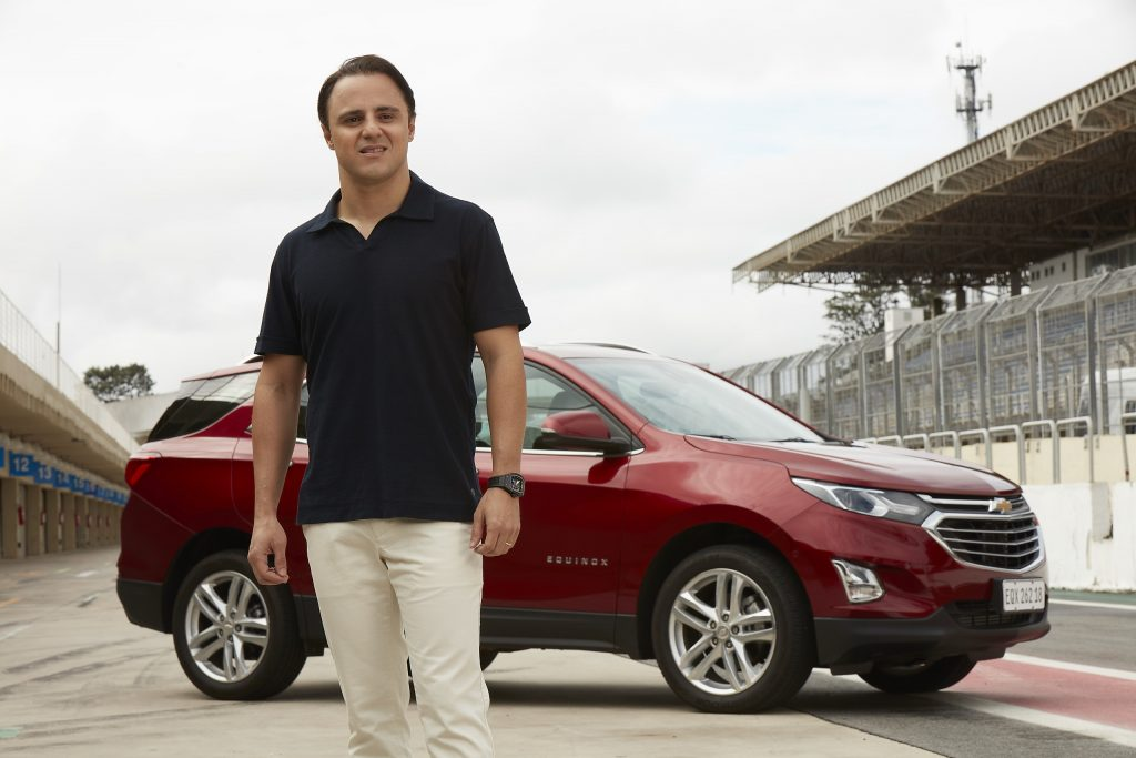 Chevrolet Equinox, com motor de 262 cavalos, traz o piloto Felipe Massa de volta às pistas