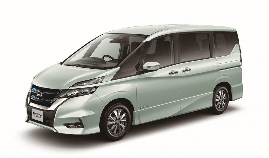 Inovação japonesa: Nissan Serena produz força elétrica e pode ser controlada só com acelerador