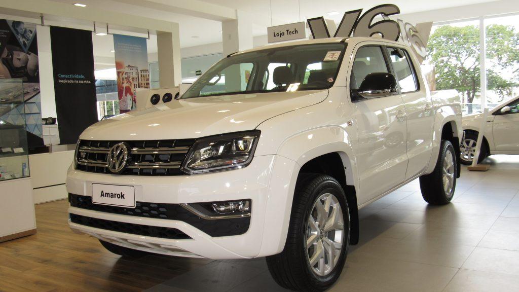 Garanta sua Volkswagen Amarok V6, picape mais potente e tecnológica, com bônus de R$ 5.000,00 na troca!