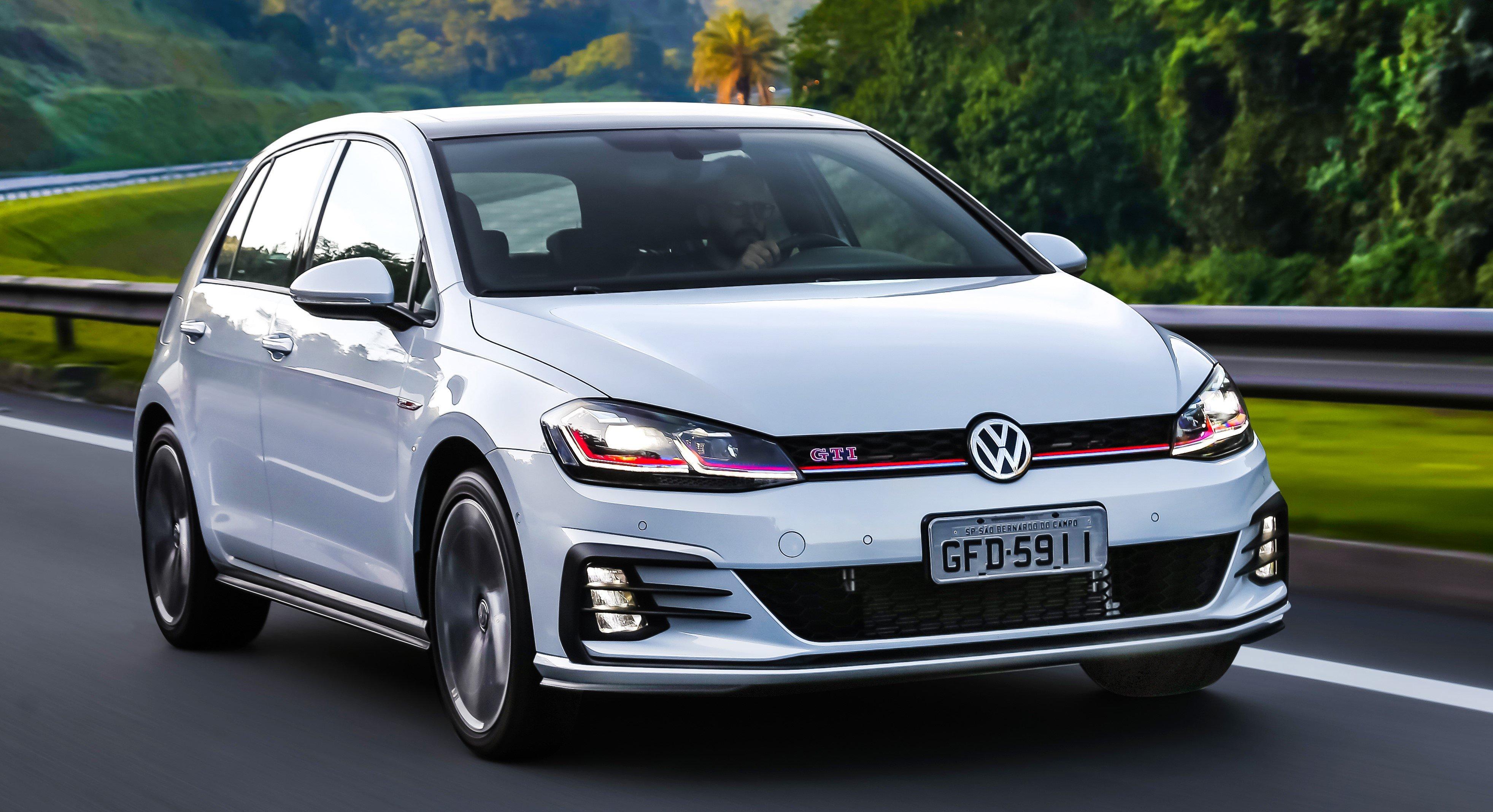 Volkswagen Golf GTI chega às concessionárias renovado e ainda mais potente, com 230 cavalos