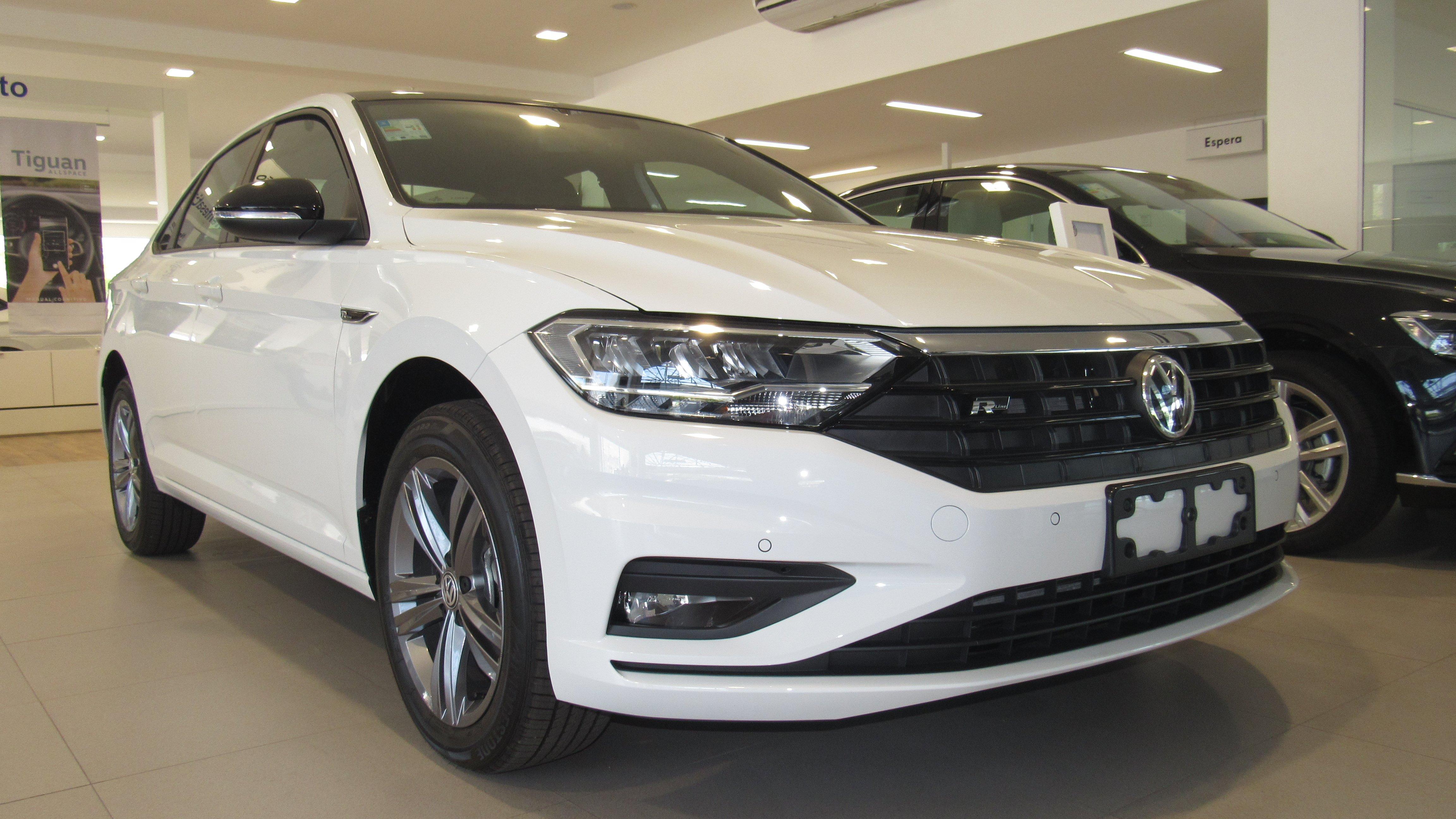 Volkswagen Jetta 2019: confortável, seguro e com revisões grátis, ele é a nova referência do segmento
