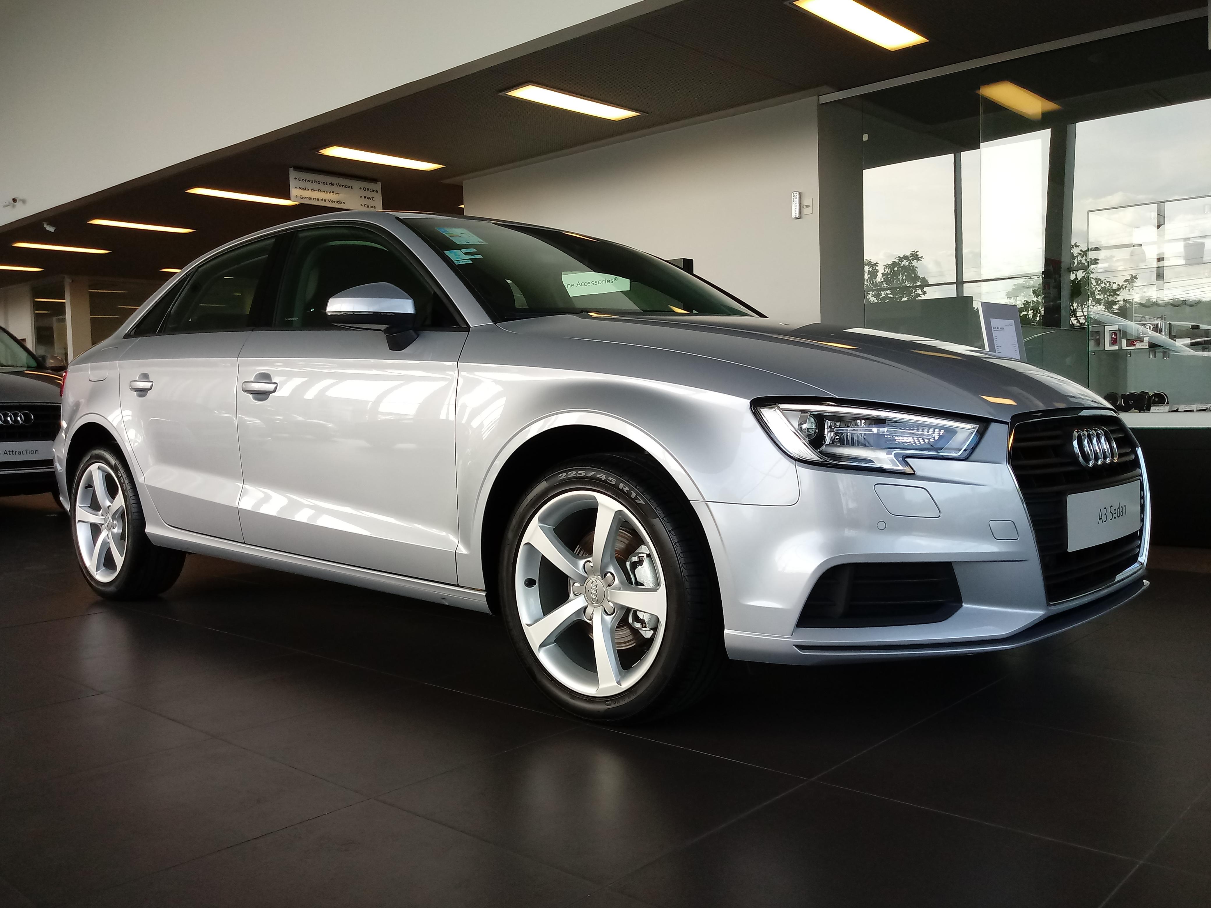 Últimos dias: linha Audi A3 Sedan e SUVs Q3 e Q5 com taxa zero em 24 meses