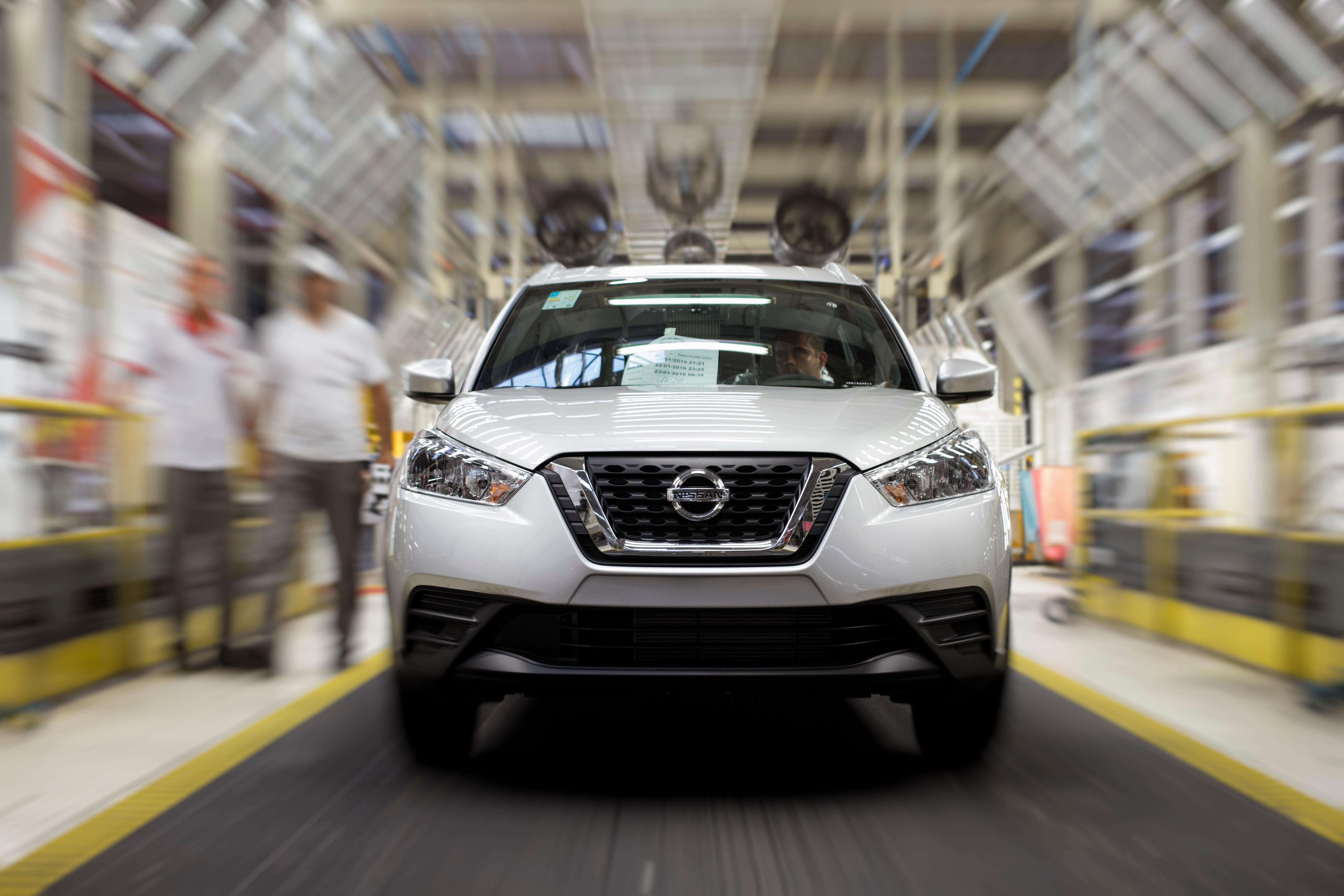 Fábrica da Nissan no Brasil chega a 300 mil unidades produzidas dos modelos Kicks, March e Versa