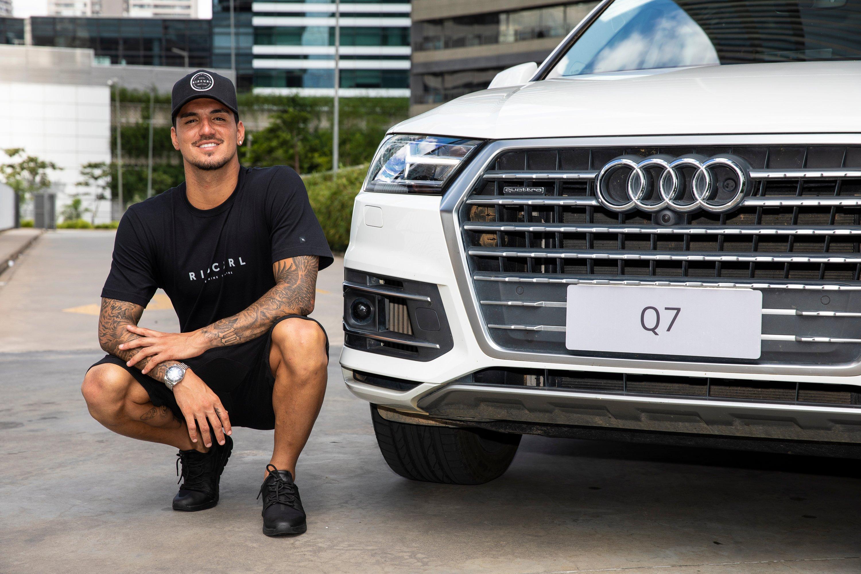 Audi do Brasil e bicampeão mundial de surfe Gabriel Medina renovam parceria