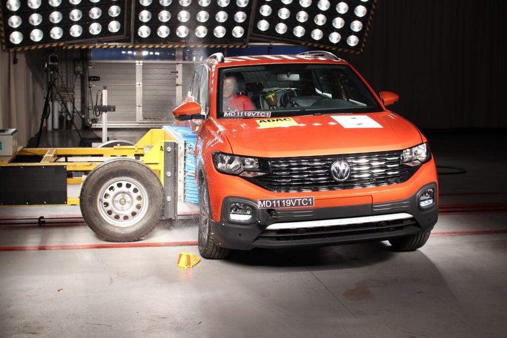 Volkswagen T-Cross obtém nota máxima de proteção aos ocupantes e premiação do Latin NCAP