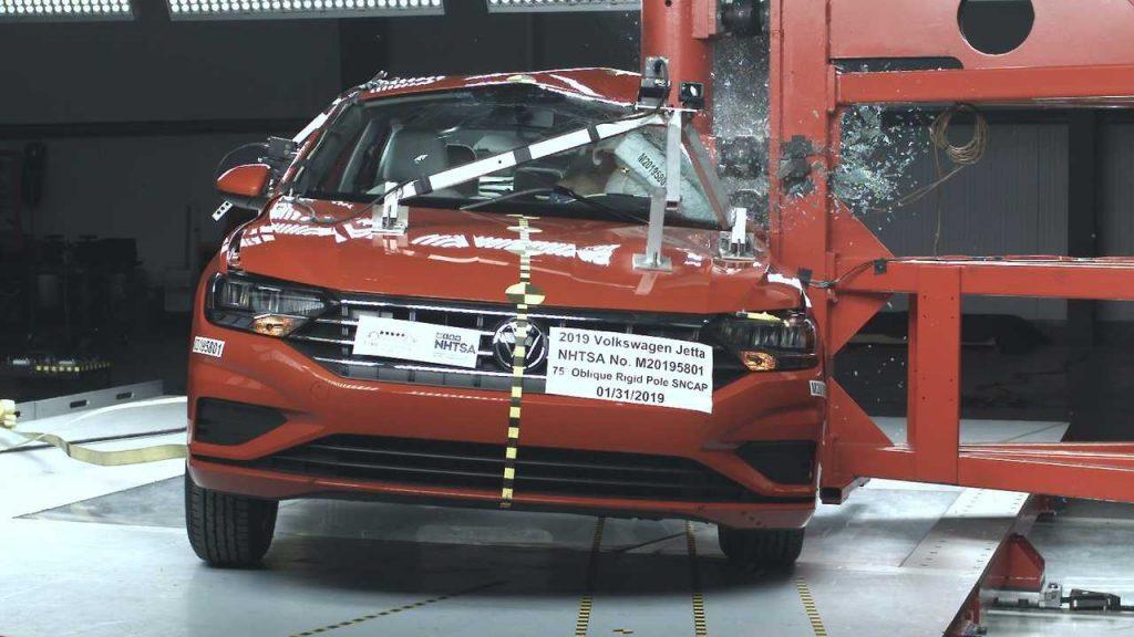 Novo Volkswagen Jetta alcança nota máxima de proteção aos ocupantes