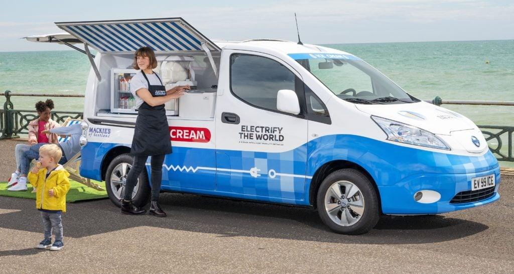 Nissan apresenta furgão conceitual 100% elétrico para venda de sorvetes