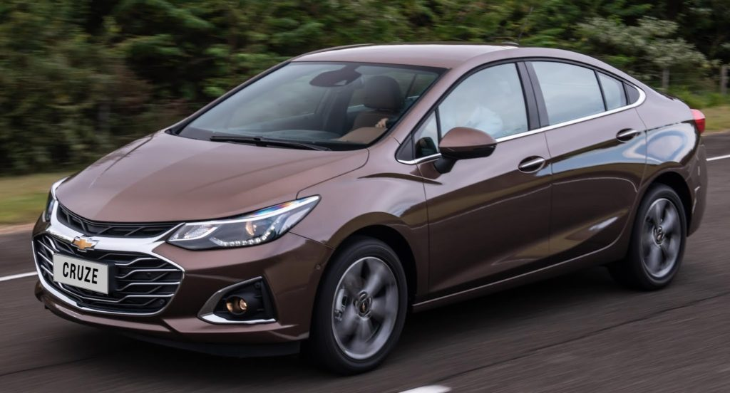 Novo Chevrolet Cruze Premier surpreende com internet 4G a bordo, conforto e segurança