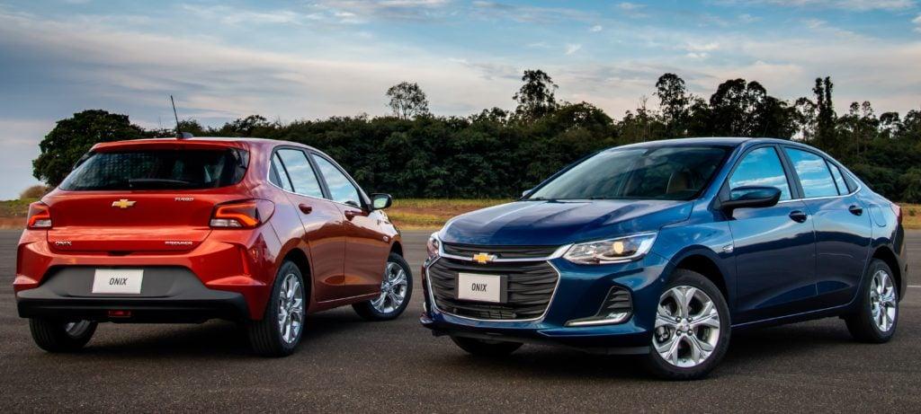 Chevrolet Onix e Onix Plus fazem dobradinha entre os carros mais vendidos do Brasil em 2020