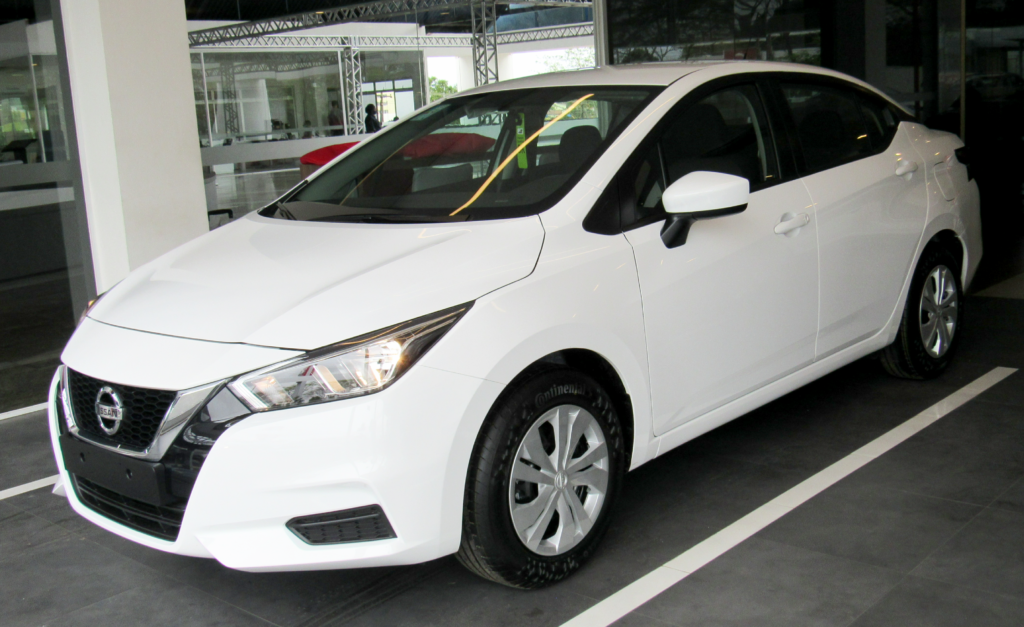 Totalmente novo, Nissan Versa 2021 chega à Japan Veículos com custo-benefício imbatível