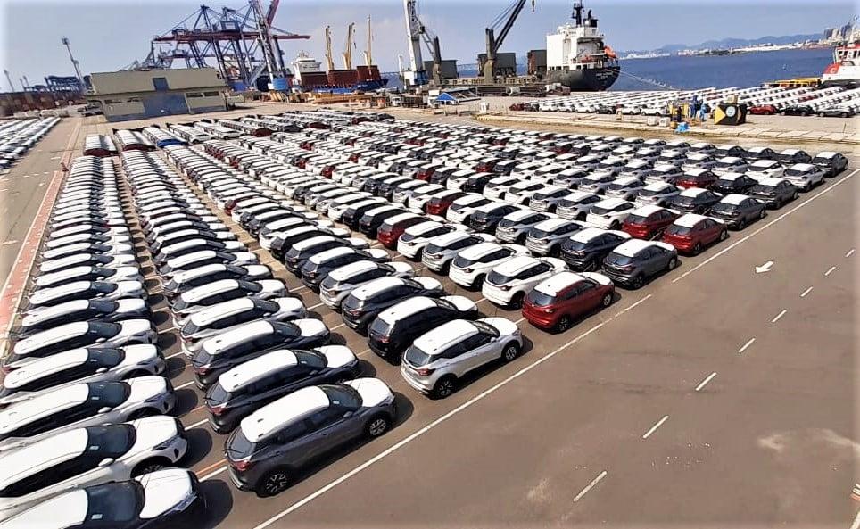 """Brasil poderá """"perder"""" 420 mil carros novos até o fim de 2022: entenda"""