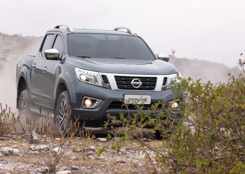 Nissan Frontier chega à linha 2022 batendo recorde de vendas no Brasil